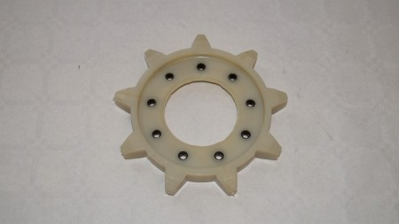No 2, Snowmax Nine wheel gear